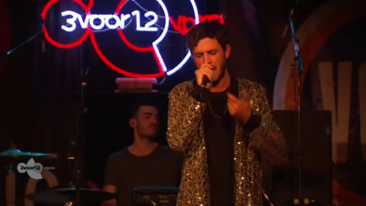 Oscar And The Wolf - Live @ Eurosonic 2015