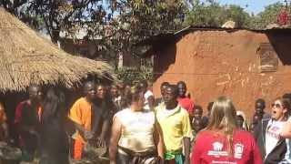 preview picture of video 'Muzungu circle dance'
