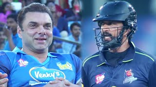 Kichcha Sudeep Upset With Sohail Khan's Mumbai Heroes dominating in the first 3 Overs