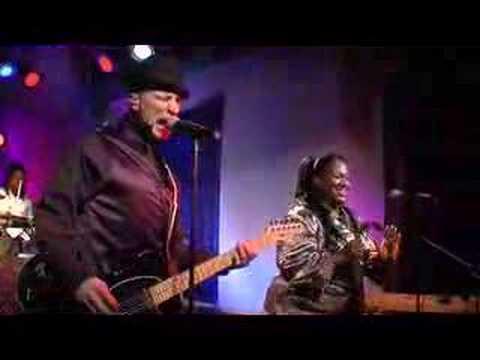 Davis Mitchell Navajo Singers [Import] France - Import on ...