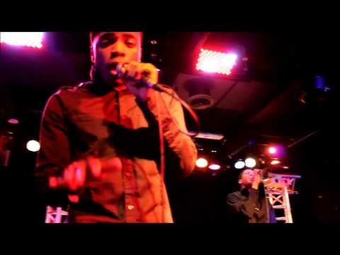 Praying for a Miracle at Bobby McGee's- Ewill and RoB LIVE performance