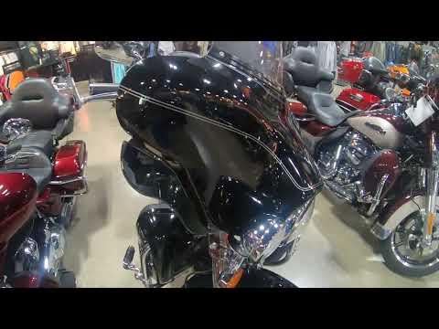 2012 Harley-Davidson Electra Glide Classic FLHTCU 103