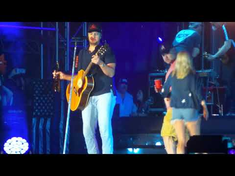 Luke Bryan ~ Sweet Caroline ~ Crash My Playa ~ Mexico ~ 01/24/2019