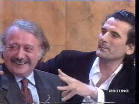 M. Troisi e G. Minà ospiti Pino Daniele