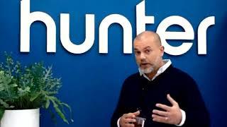 Simon hunter CEO at Hunter Apparel מסביר אודות חברת Sizer