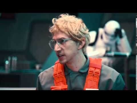 Star Wars Undercover Boss Starkiller Base SNL Kylo Ren is Shredded (видео)