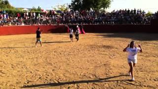 preview picture of video 'Fiesta del Cristo de Saceruela 2011 Toros 2/6'