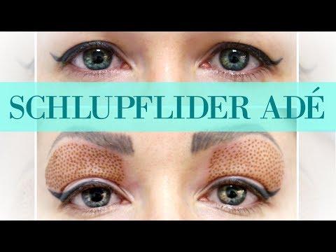 Das Make-Up für die grauen Augen und das rote Haar mit den Sommersprossen