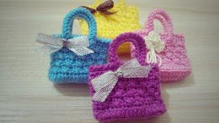 طريقة عمل حقيبة ميني كروشيه / Crochet Mini Bag Free Pattern