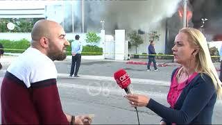 Ora News - Zjarri në fabrikën e riciklimit, qytetari: Rrezikon të digjet e gjithë lagjja