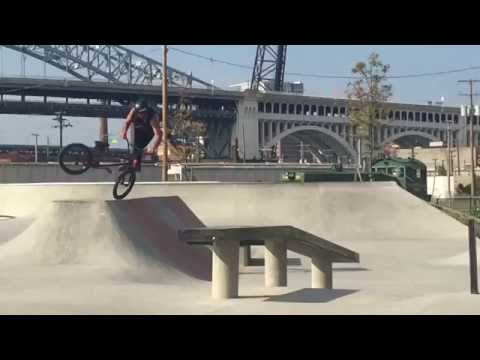 Labor Day Weekend Shredding At Crooked River Skate Park !