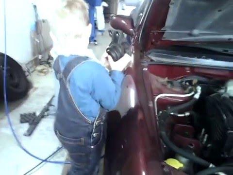 Wie das Benzin auf das gemietete Auto in der Dienstreise abzuschreiben