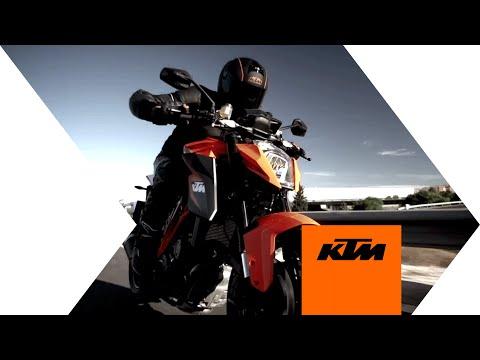 """KTM """"1290 SUPER DUKE R"""" Actionvideo"""
