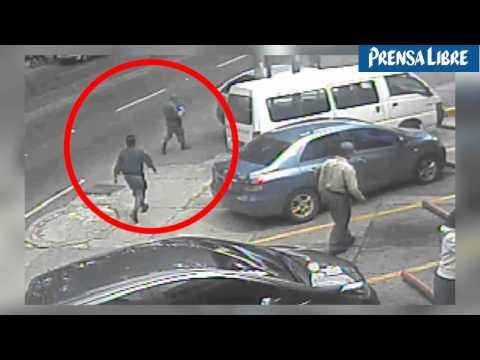 Difunden video de policias involucrados en robos y secuestros