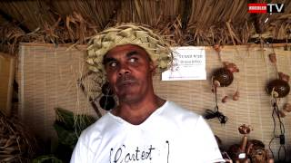 preview picture of video 'Festival Kréol Saint Paul - Artisanat coco.'
