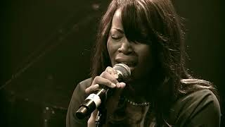 Sandra MBUYI   SEIGNEUR  Marie MISAMU