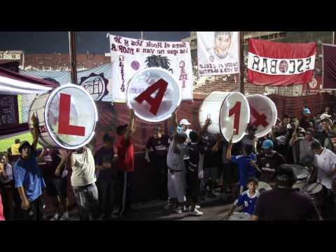 """""""ENTRADA , LA 14 VS EMELEC (fragmento)"""" Barra: La Barra 14 • Club: Lanús"""