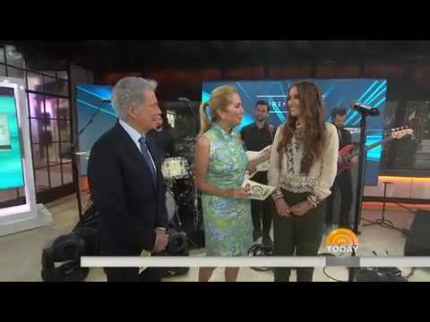 Lauren Daigle - How Can It Be? (Today Show)