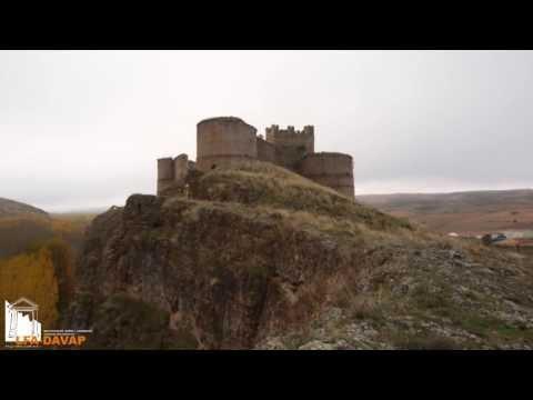 Levantamiento fotogramétrico del castillo. / SN