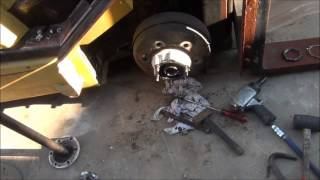 Brake Drum Puller - How To Remove Stuck Brake Drum!