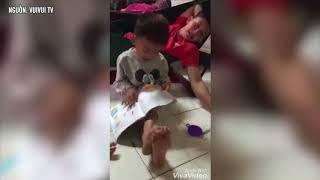 Cười ra nước mắt với cách đánh vần siêu hài hước của cậu bé 4 tuổi