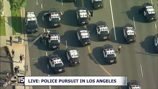 NOW: DANGEROUS CAR CHASE! Police pursuit in Los Angeles