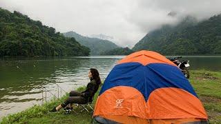 Fishing Ba Be Lake with girlfriend