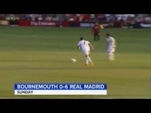 Ronaldo sút bóng làm gãy tay fan nhí