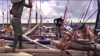 preview picture of video 'Im Hafen von Mahajanga, Madagaskar'