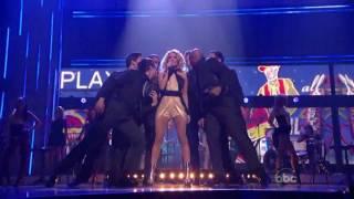 Carrie Underwood / Cowboy Casanova (Live Performance)