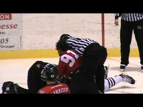 Mike Varhaug vs Hubert Poulin