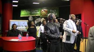 The 3 Winans Brothers (Marvin, Carvin and BeBe) perform Move In Me