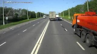 Кинулась на фуру » Русские дороги   аварии, дтп, видеорегистратор