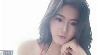 Download Video Model Indo Hot Nyaris Telanjang di Kamar Ganti MP3 3GP MP4