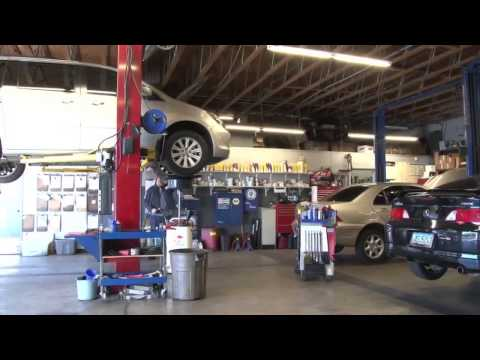 25th Street Automotive video