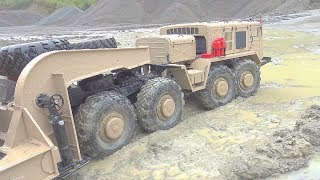 RC VEHICLES WORK EXTREME! RC IN RAIN! AMAZING MAZ 537G WORK HARD IN MUD AND WATER