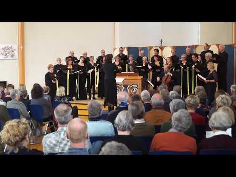 Kamerkoor Lelystad geeft concert rond thema 'herdenken' in Ludgeruskerk
