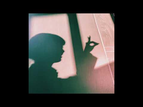 「キリン 午後の紅茶」のTVCM曲。皆さんから募集した投稿写真で構成したMusic Video