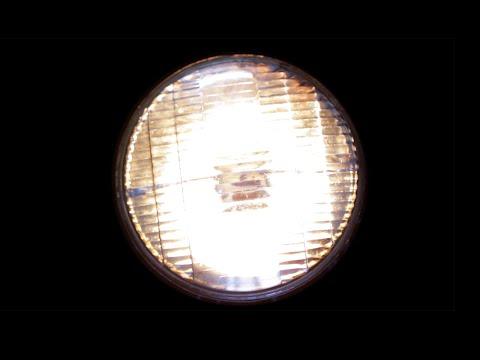 Fungovaly by reflektory při rychlosti světla?