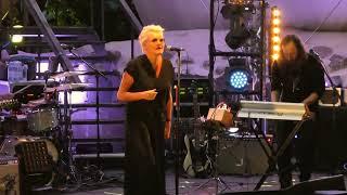 Eva Dahlgren - Ängeln i rummet - Västerviks Visfestival 2017