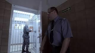 Po co więźniowie notorycznie niszczą lampy? [Zakład karny]