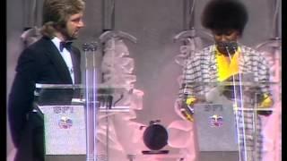 Dire Straits win British Group presented by Joan Armatrading   BRIT Awards 1986