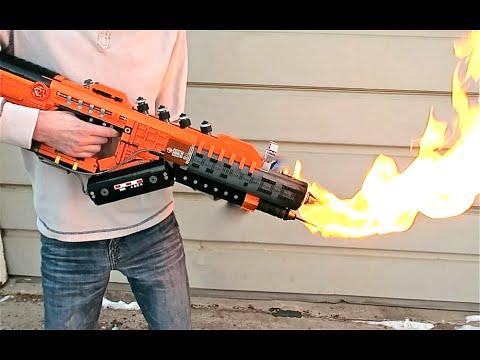 又一積木神兵!LEGO 打造的火焰放射器