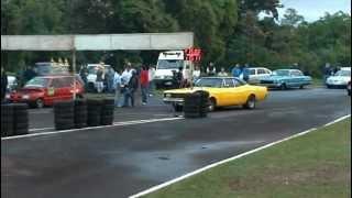preview picture of video 'DODGE vs Fiat Uno 1/4 milla - Picadas Obera 2012'