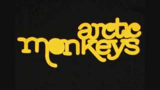 Arctic Monkeys - Bigger Boys And Stolen Sweethearts (live acoustic)