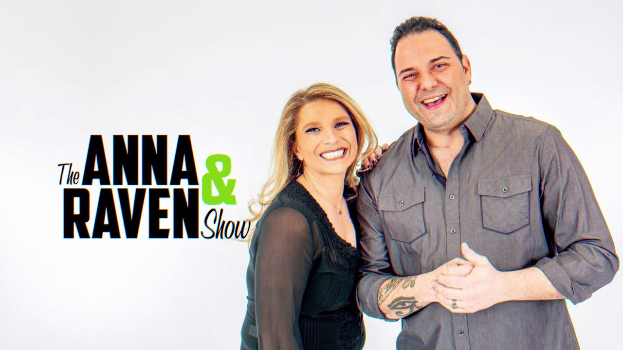 Get to know Anna & Raven