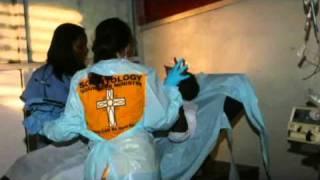 Землетрясение на Гаити, 2010 г. Около 200 волонтёров отправились на помощь