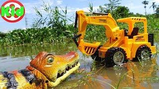 Xe máy xúc, xe ô tô tải và cá sấu khổng lồ - đồ chơi trẻ em B273T Kid Studio