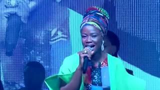 #AkorinIhinrere : Sola Allyson Singing C&S Songs