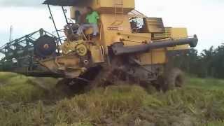 Mesin Padi 1545 S Di Pokok Tampang (Sabtu 6 9 2014)
